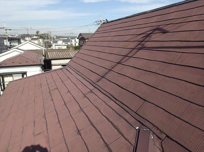 屋根の上に屋根