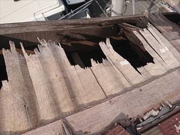 世田谷区奥沢で台風で捲れてしまったスレート葺き屋根を火災保険で直します