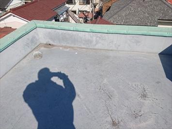 屋上の防水はそれほど劣化していません
