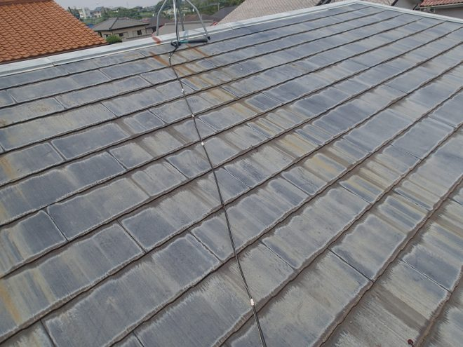 色褪せたスレート屋根