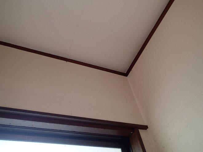 雨染みができた天井