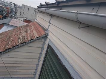 屋根と壁の取り合いが雨漏りしやすい部分
