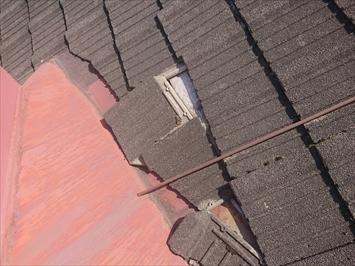 青梅市勝沼で下地が腐食して雨漏りしているセメント瓦屋根は葺き替え工事で直します
