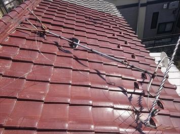 八王子市絹ヶ丘で下地が劣化し始めた瓦屋根を葺き替え工事で直します