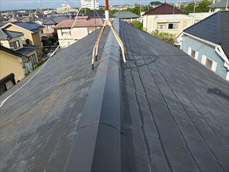 コロニアル屋根の点検の様子