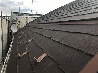 屋根材はニチハのパミール