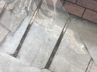 破損したポリカ平板