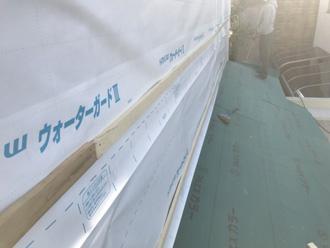 透湿防水紙ルーフィングを外壁に設置