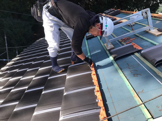 桟木を使った屋根葺き替え工事