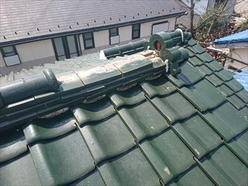 練馬区貫井で強風で被害を受けた瓦葺き屋根を葺き直し工事で直します