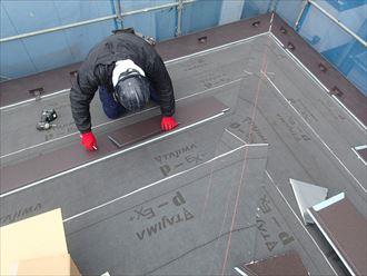 パミールへの屋根カバー工法