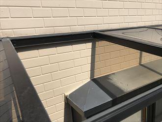 平板屋根の差し込み箇所