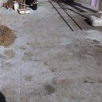 全体的に色が剥がれたバルコニー床