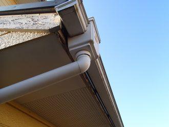 軒天や破風も塗装できます