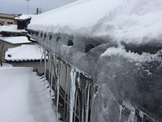豪雪地帯は軒の出がないお住まいが多い