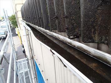 排水不良の雨樋