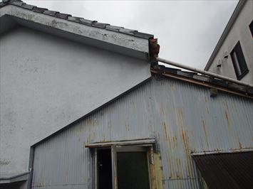二重の屋根