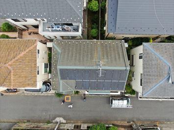 葛飾区細田で屋根の状態が気になるお客様のコロニアル屋根をドローンにて調査しました