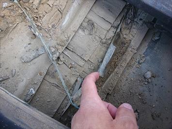 防水紙の劣化は雨漏りに繋がります