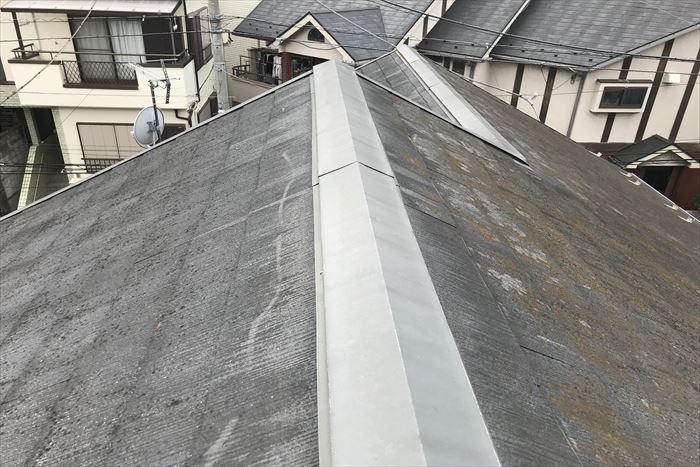 スレート屋根に色褪せや剥離症状