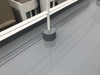 屋上防水の手摺と架台