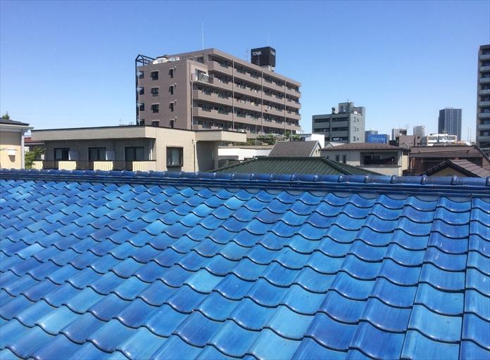 瓦屋根で使用されている銅線の
