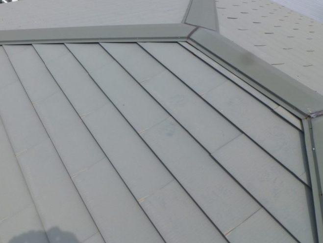 金属屋根点検