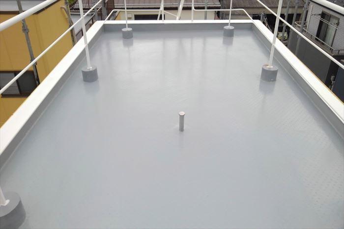 江東区東砂で陸屋根屋上の防水工事、通気緩衝工法で施工致しました