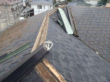 屋根施工開始