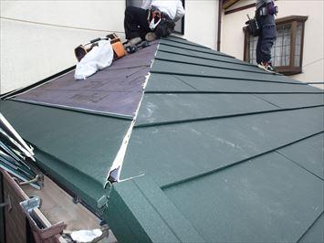 屋根材施工