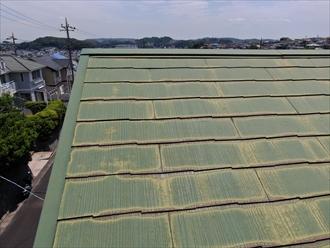 ドローンでスレート屋根の表面の状態を確認出来ます