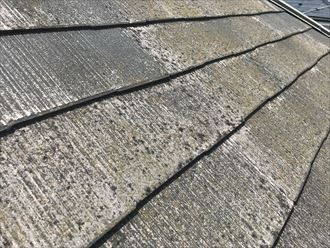 スレート屋根の表面の劣化