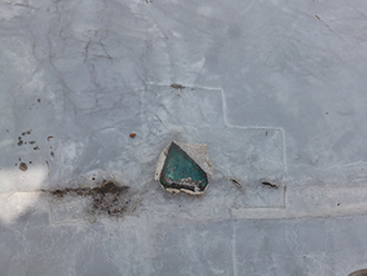 シート防水の穴