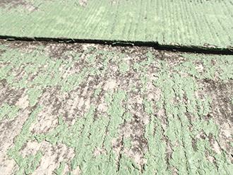 塗膜剥離は屋根材の寿命を縮めます