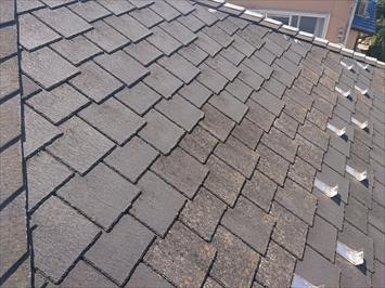 屋根はクボタのアーバニー