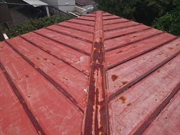 サビが出ているトタン屋根