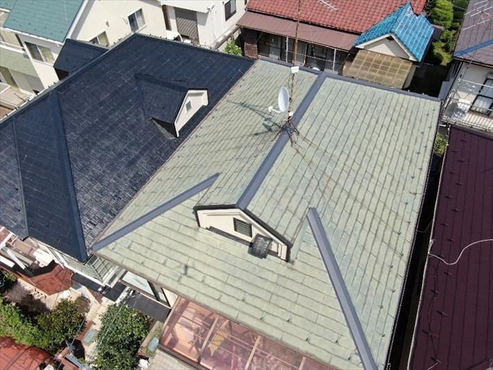 ドローンで屋根の状況を確認