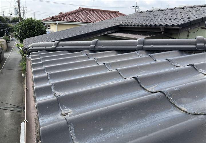 調布市深大寺北町でセキスイかわらUの屋根を調査しました