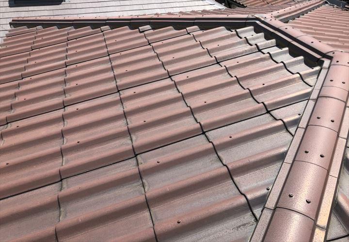 世田谷区上馬で調査した屋根は波板スレートのニューウェーブでした