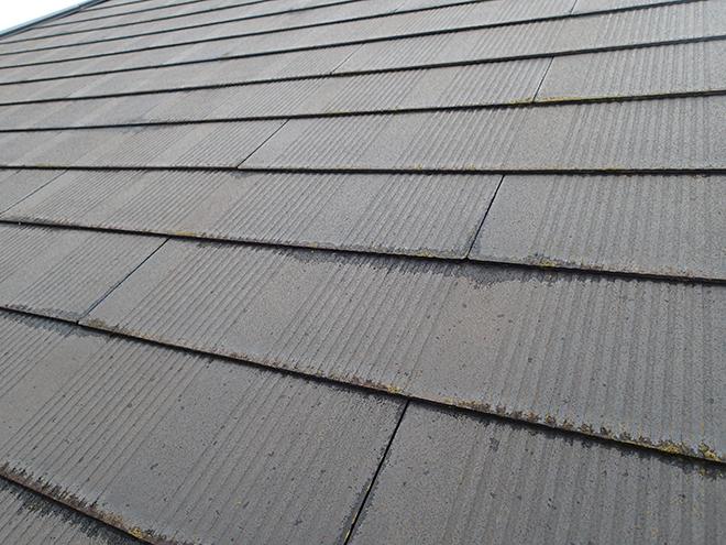 スレートは塗装が必要な屋根材です