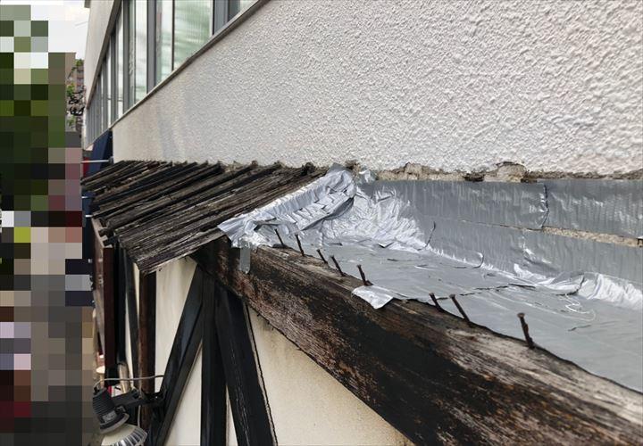 小金井市緑町で台風被害に遭った庇を調査しました