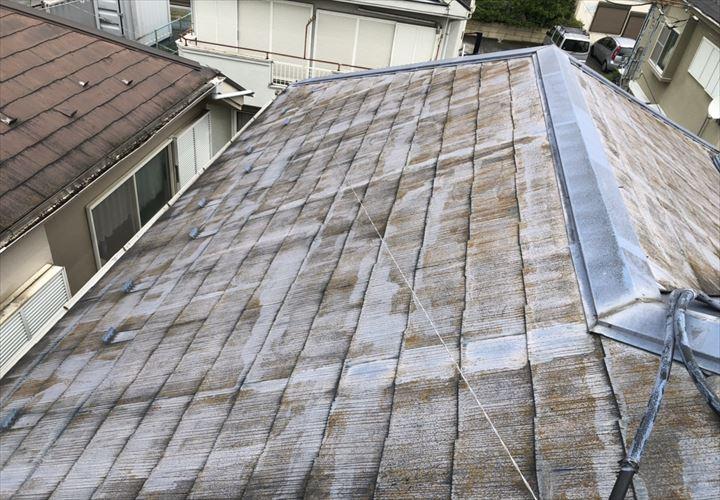 昭島市田中町で調査した屋根はニューコロニアルでした