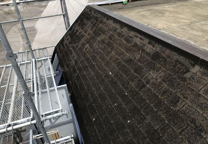 新宿区中落合で古くなったアスファルトシングルの屋根を調査しました