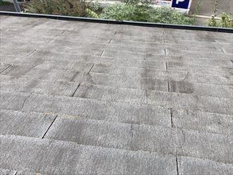 コロニアルNEOの屋根材