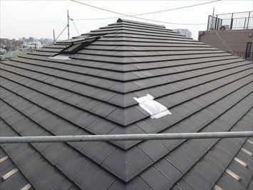 破損した屋根の様子