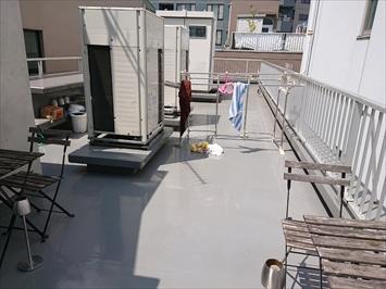 テナントビルの屋上