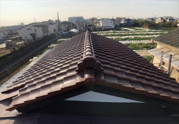 瓦葺きの屋根