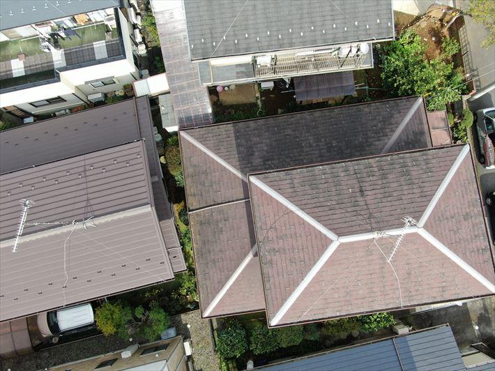 足立区入谷で18年前に葺き替えを行った屋根材がパミールだったお客様の屋根調査に伺いました