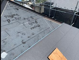屋根材設置写真➀