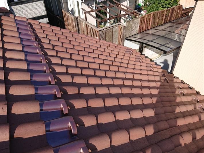 洋風のS瓦葺き屋根